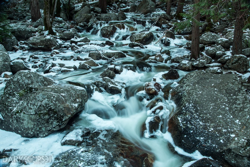 YOSEMITE NATIONAL PARK - STREAM BY BRIDALVEIL FALL-8060